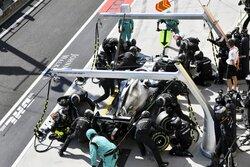 ボッタス、2回の接触の末に8位「レースが台無し。ひどいオープニングラップだった」:メルセデス F1ハンガリーGP