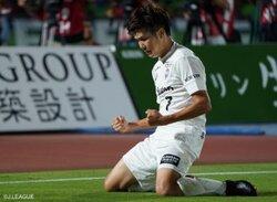 画像:神戸、三田啓貴と郷家友太のゴールで完封勝利…敗れた湘南は3連敗