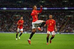 画像:新生スペイン、イングランドに逆転勝利! 英代表DFは一時意識不明に