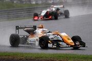 全日本F3選手権第14戦岡山:ヘビーウエットのなか坪井が逃げ切り。今季11勝目