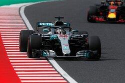 画像:ヒュルケンベルグがクラッシュ。ハミルトンがトップにつける/【タイム結果】F1第17戦日本GP FP3
