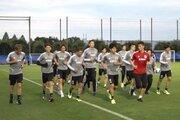 W杯予選モンゴル代表戦に向けた日本代表合宿がスタート! 初日は中島、酒井ら13選手が軽めのトレーニングで汗を流す