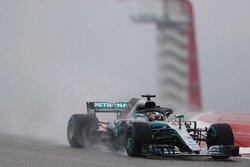 画像:F1アメリカGP、雨のFP1でメルセデスがワンツー、トロロッソ・ホンダのガスリーは13番手