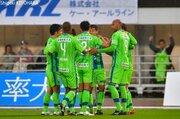 完封勝利の湘南がJ1昇格に王手…長崎対名古屋の上位対決はドロー/J2第38節