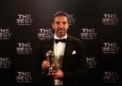 画像:39歳ブッフォンがFIFA最優秀GKに輝く…「素晴らしい勝利でサッカーを終えたい」