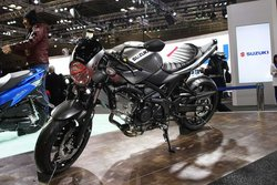 画像:スズキ、SV650Xを世界初公開。日本初公開のGSX-R125や、ワールドプレミアの四輪車種も多数出展