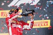 【ブログ】ライコネンが勝った! 表彰台の真ん中で呑む姿に感無量/F1自宅特派員 アメリカ&メキシコGP編