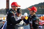 RAYBRIG山本&バトン、KeePerとの直接バトルを制してチャンピオン獲得。ホンダに8年ぶりのタイトルをもたらす