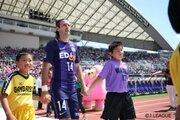 【神戸vs広島プレビュー】神戸は天皇杯のタイトル獲得を目指す意識がプラス…広島はアンデルソンの1トップに活路