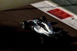 画像:F1王者メルセデス、2019年パワーユニット開発に「小さな挫折」