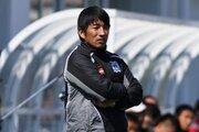 J3優勝の秋田、杉山弘一監督の続投を発表「一緒にJ2を目指したい」
