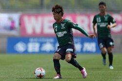 画像:ガイナーレ鳥取、今季32試合出場で11得点のFW加藤潤也と契約更新