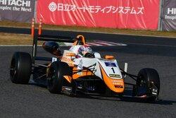 画像:全日本F3:鈴鹿合同テストの総合首位は坪井に。2日目午後は阪口晴南が最速