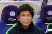 広島、城福浩監督との契約更新を発表! 就任3年目の今季は8位で続投へ