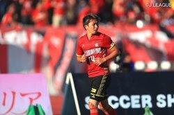 画像:金沢が金子昌広との契約を更新…今季はJ2で自己最多の27試合に出場
