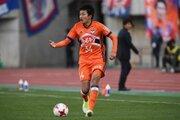 新潟、ルーキーMF原輝綺との来季契約更新を発表…今季は18試合に出場