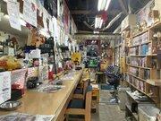 まるで遊園地!西成のオモシロ居酒屋「八福神」 虹色ヘアーの強烈店主がお出迎え