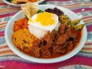 大阪の大傑作カレー! スリランカ料理の名店『セイロンカリー』の「アンブラ」は神の食べ物だった