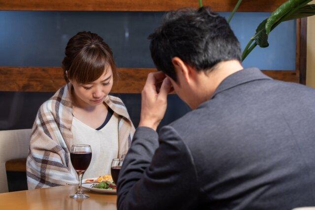画像:「なんだかんだ税金がエグい」年収1000万円以上でも「結婚後の現実は厳しい」に注目集まる