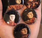 あなたの推しはどの「麗子」? 東京都美術館のガチャガチャがマニアックすぎる件