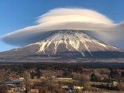 圧倒的大迫力...! 「富士の病」にとりつかれた写真家の一枚が「凄すぎて言葉にならない」