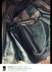"""画像:あなたは何色に見える? アディダスのジャージが新たな""""青黒・白金ドレス""""議論に/画像はmariam(@ZAYNSMlND)さんのTwitterスクリーンショット"""