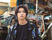 横浜流星、写真集「流麗」が発売前に重版! 色気溢れる先行カット到着