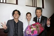新木優子、錦戸亮&船越英一郎も駆けつけ「トレース」撮了! 最終回見どころは「ノンナの恋路」