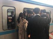 """満員電車で「お弁当」は無事に運べるのか? 混雑率199%の東西線で""""ランチ輸送チャレンジ""""してみた"""