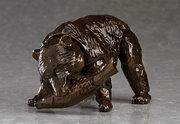 立ち上がって吠えるポーズも! 木彫りの熊の可動フィギュア「figma ヒグマ」誕生