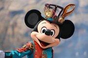 【ディズニー】両パークの入園者数増加!35周年の2018年度も好調続くか