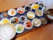 行列必至のお寺の朝食! 『築地本願寺カフェTsumugi』の「18品の朝ごはん」を食べてきた