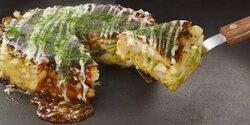 画像:関西人の7割「お好み焼きとご飯を一緒に食べたことがある」 上手にひっくり返せる人はモテることも判明