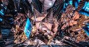 異世界への入り口? 渋谷にある「万華鏡エントランス」が摩訶不思議で神々しい