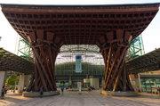 金沢では「弁当忘れても傘忘れるな」知る人ぞ知る傘&長靴の無料レンタル