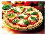 """「ガイアの夜明け」が宅配ピザ「ナポリの釜」のワンオペ店舗を紹介 「通常回に見せかけた""""告発回""""」という声相次ぐ"""