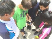 紫外線から生徒を守れ、沖縄公立中がウェアラブルデバイス「QSun」導入