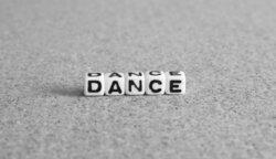 画像:EXILEのUSAが学校の先生を応援!一宮市でダンス指導