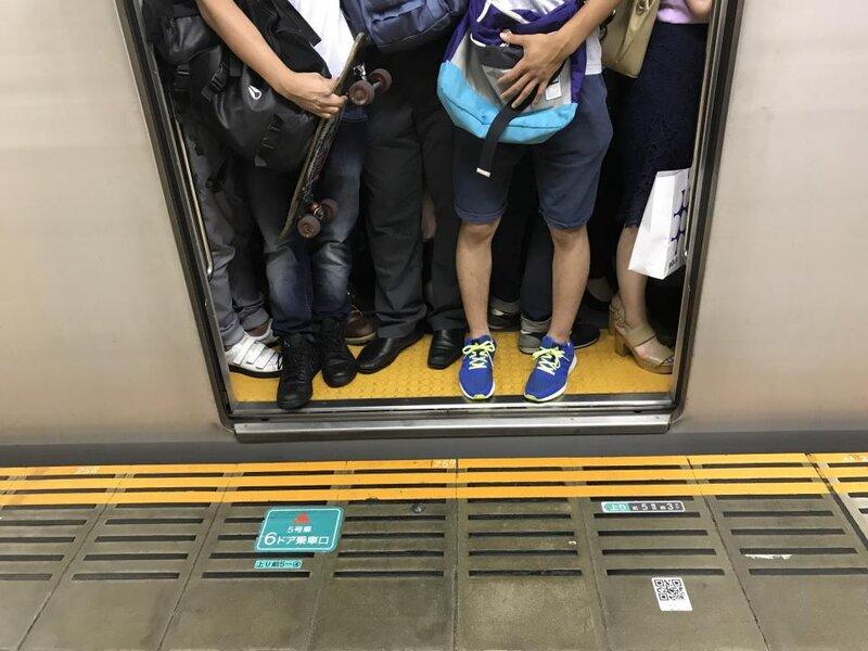 画像:満員電車に逃げ場なし(画像はイメージ)