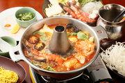 """秋の涼しい季節に、恵比寿「coci」の""""トムヤムパクチー鍋""""でウマ辛タイ料理を満喫!"""