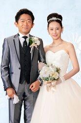 画像:北川景子&えなりかずき、結婚式ショット公開! 夫・DAIGOに事前報告も…「指定弁護士」