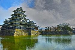 松本城近くに「イオンモール松本」がグランドオープン!(Hiroyuki Naitoさん撮影。flickrより)