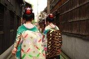 舞妓の無断撮影、本当にやめて! 京都が直面するマナー問題とは
