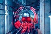 ほとばしる近未来感...! トンネルを疾走する仙台市地下鉄がSFみたいでかっこいい