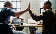 """""""孤独な管理職""""をやめると働きやすくなる? 管理職コミュニティを作って他部署とコミュニケーションを取ってみよう"""