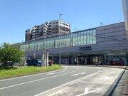 考案者は向谷実さん! 九大学研都市駅で「軽量バー式ホームドア」実証試験スタート
