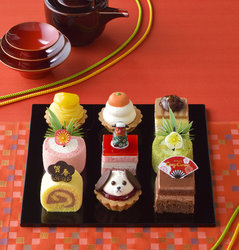 画像:「戌年ケーキ」「ケーキのおせち」お正月限定スイーツ登場!銀座コージーコーナー